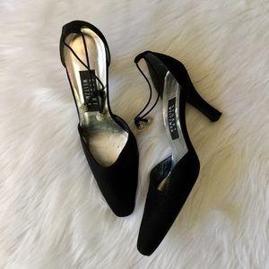 Stuart Weizmann Black Ankle Tie Pumps